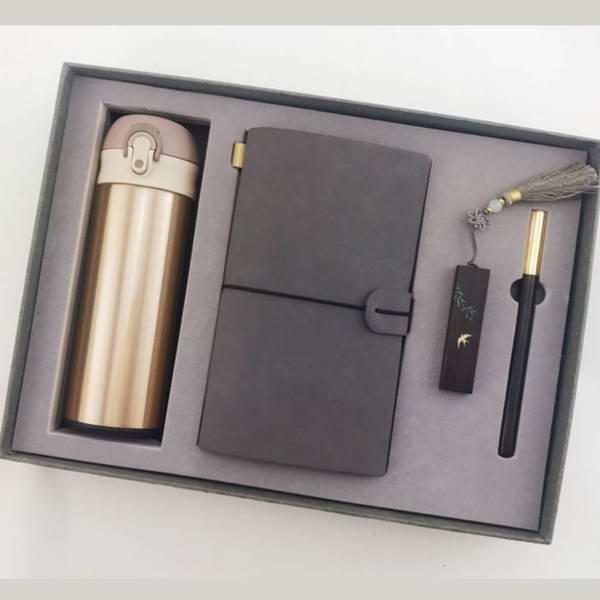 公司会议礼品商务保温杯四件套(记事本U盘红木笔)实用文创礼品定制